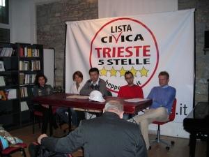 Conferenza stampa Lista Civica Trieste 5 Stelle con Stefano Patuanelli, Barbara Belluzzo, Paolo Menis.