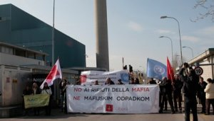 Manifestazione Inceneritore Acegas Aps di via Errera